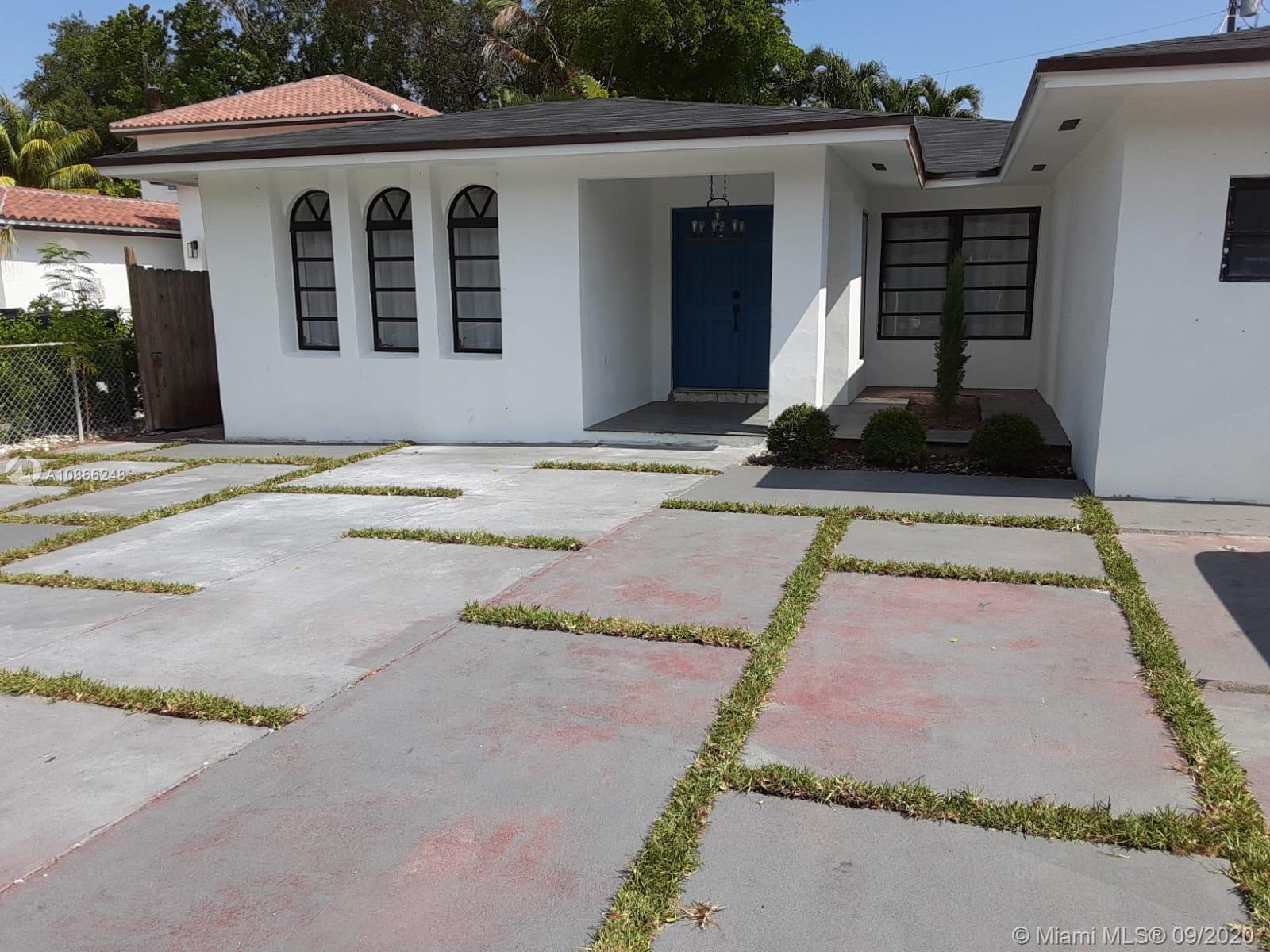 Totally remodeled beautiful house in fantastic area of Coral Gables, close to everything. Like a new.