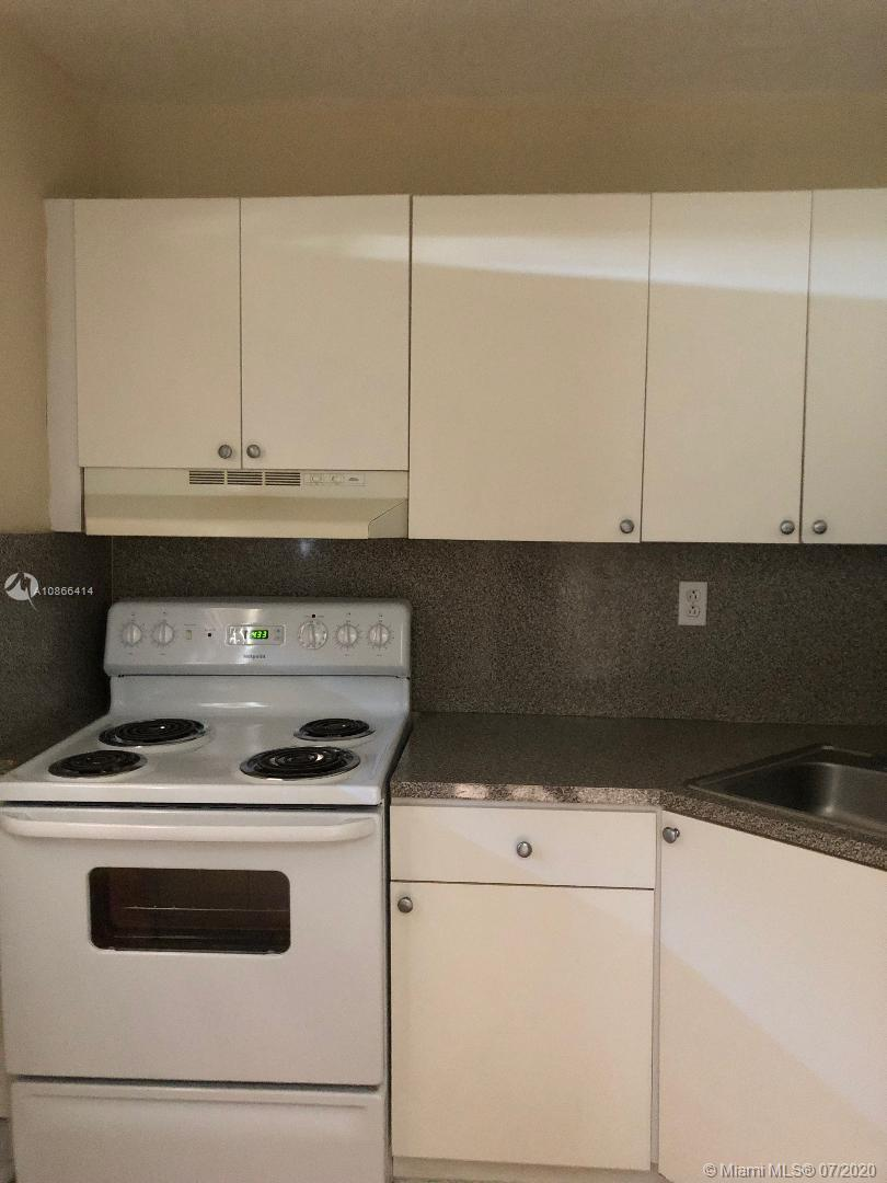 17255 SW 95th Ave #M 240 For Sale A10866414, FL