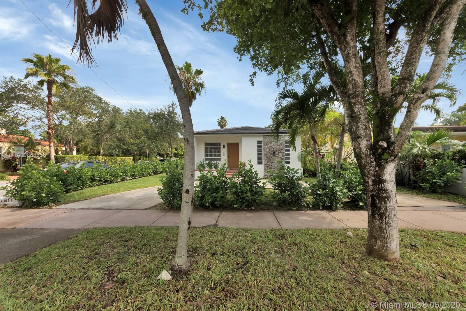 1309  Venetia Ave  For Sale A10866358, FL