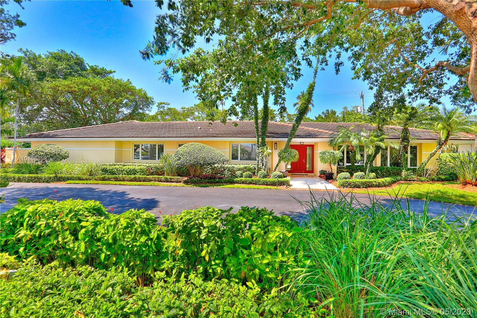 415  Campana Ave  For Sale A10866308, FL