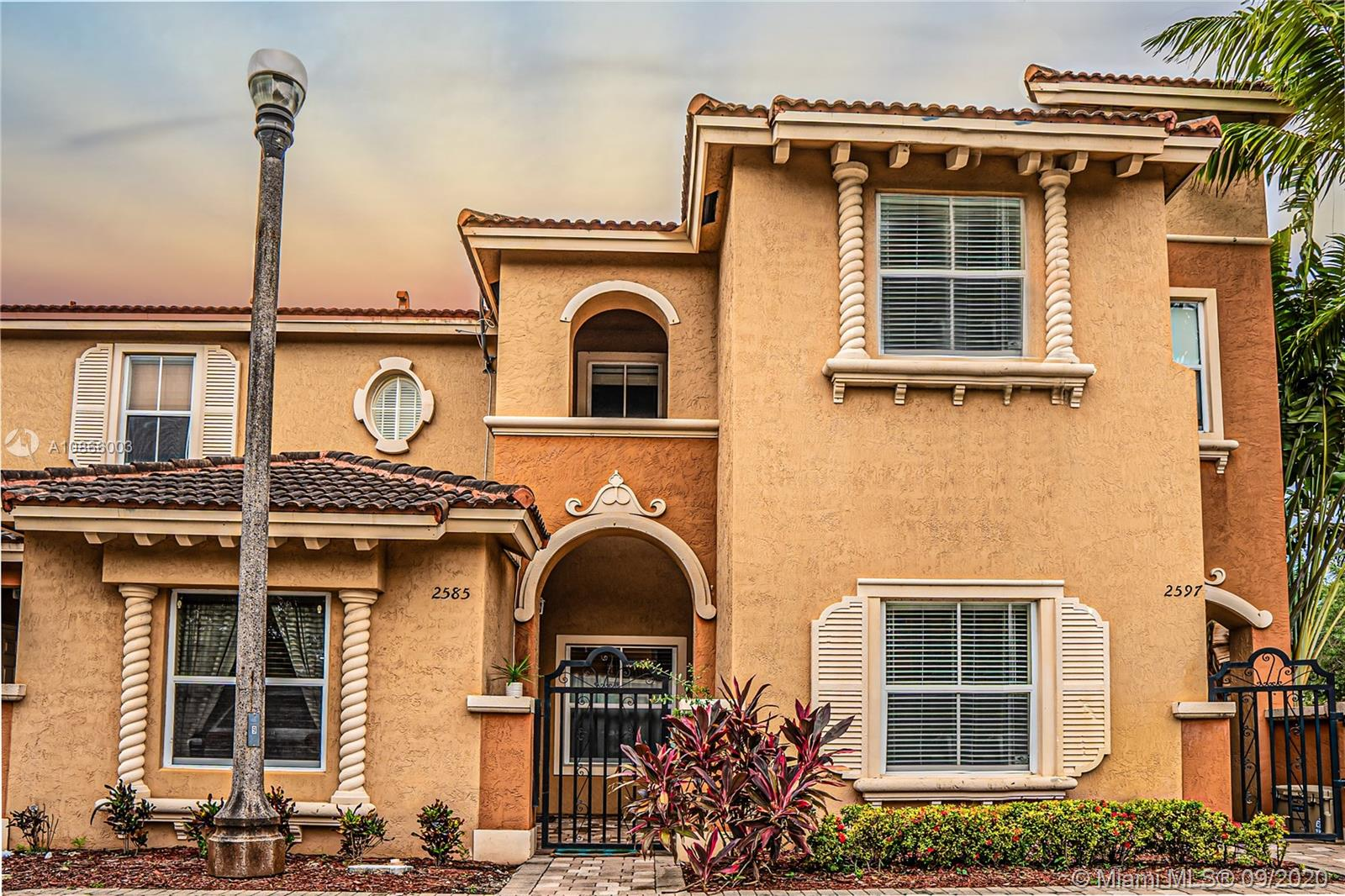 2585 SW 121st Ter #2004 For Sale A10866003, FL