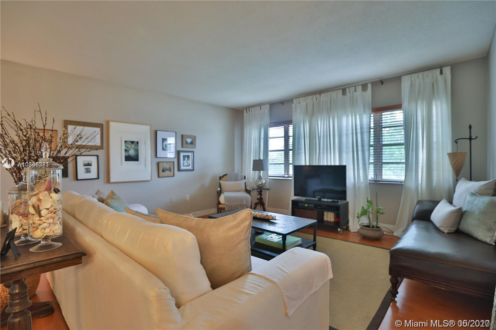 1020  94th St #202 For Sale A10866381, FL