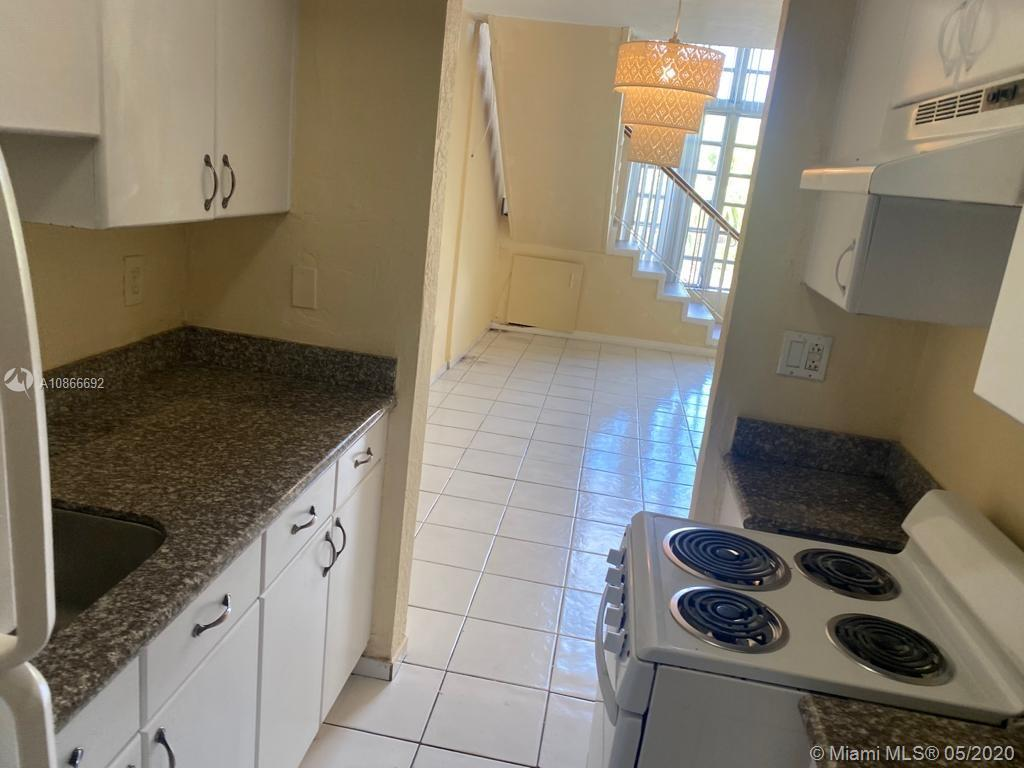 10907 N Kendall Dr #427 For Sale A10866692, FL
