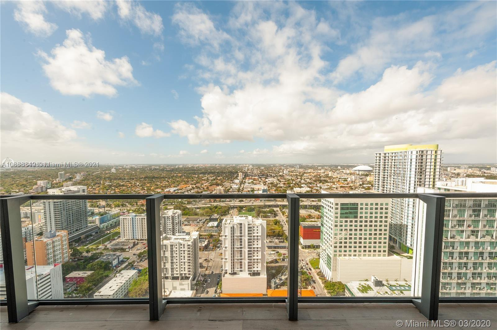 88 SW 7th St #1404 For Sale A10866849, FL