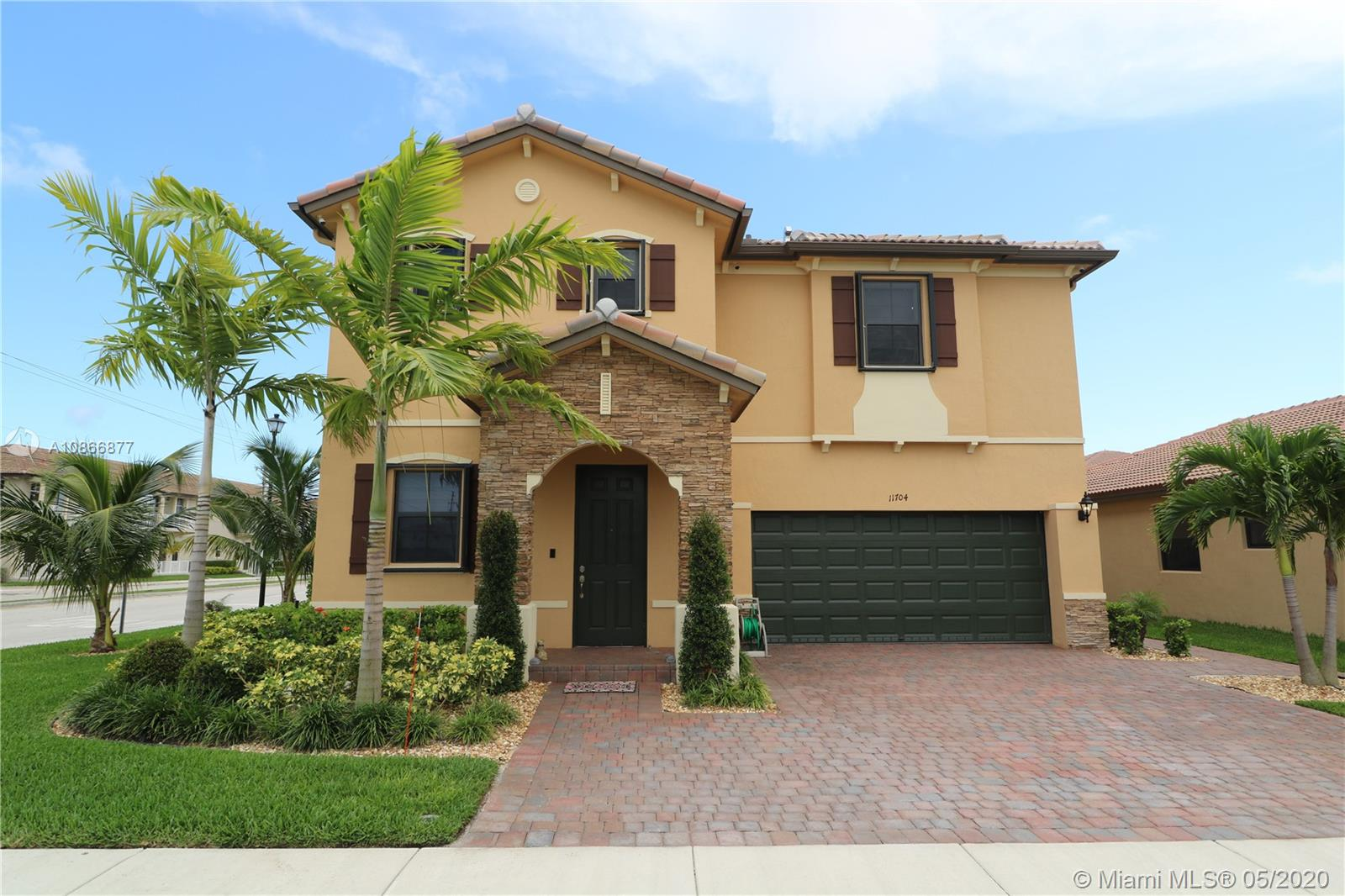 11704 SW 241st St  For Sale A10866877, FL