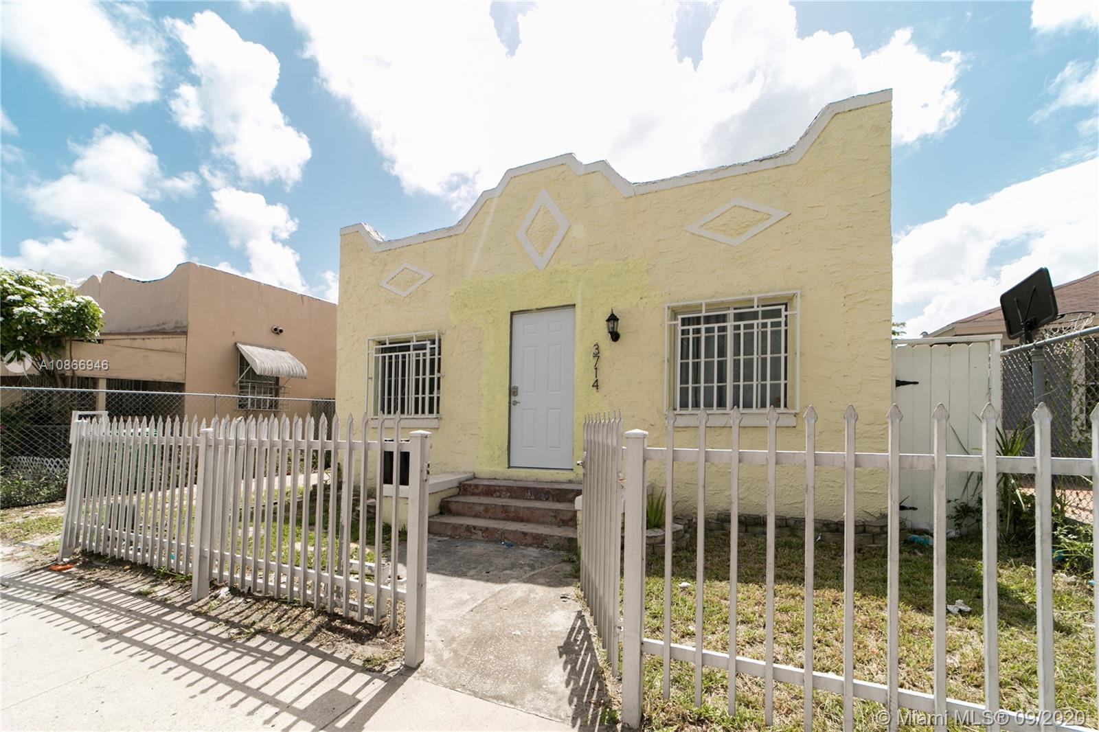 3714 NW 12th Ave  For Sale A10866946, FL