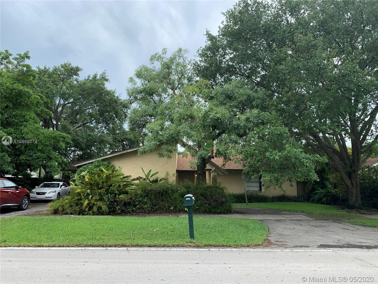 12710 SW 96  For Sale A10866074, FL