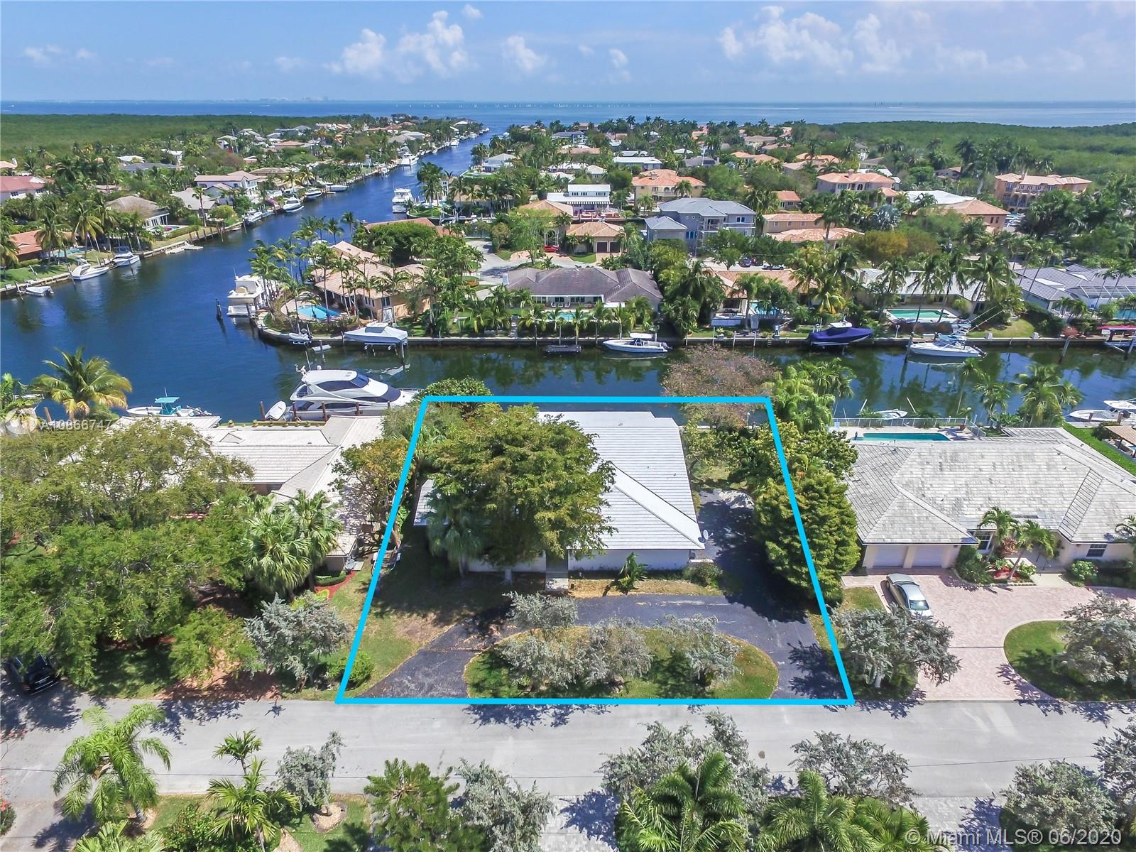 13001  Nevada St  For Sale A10866747, FL