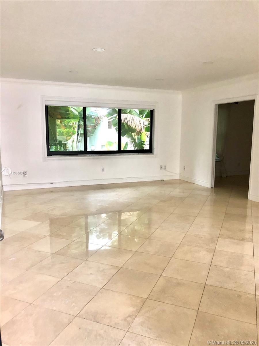 6855  Edgewater Dr #3BS For Sale A10866876, FL