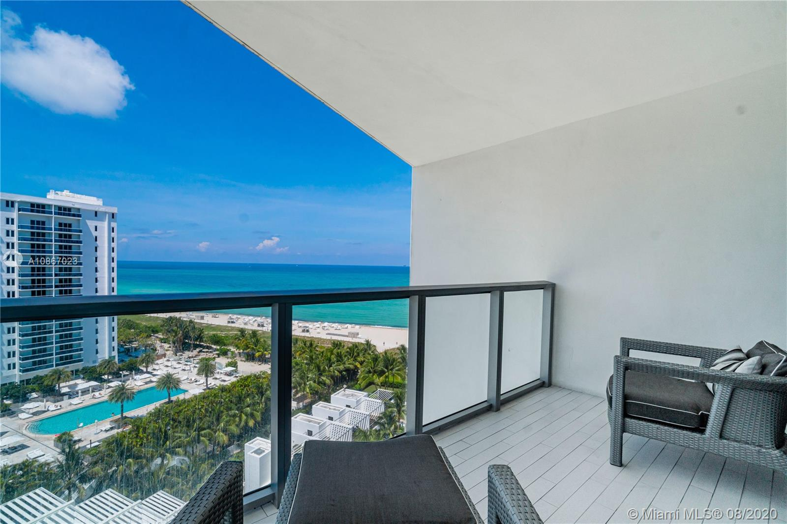 2201  Collins Ave #1211 For Sale A10867023, FL