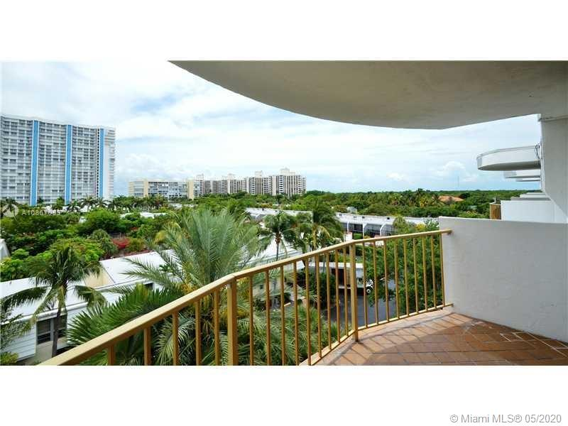 Totally remodeled 2 bedrooms - 2 bathrooms condo unit with beautiful partial ocean views, natural lighting, down the street from the beach and walking distance to Crandon Park and the Village Green. With new kitchen and bathrooms. Washer and dryer in unit. Includes a separate storage room on the same floor. Condo amenities include a private backyard, tennis courts, a 2-story fully equipped party room, plenty of guest parking, designated golf cart charging stations, and secured covered bike room on the ground floor.
