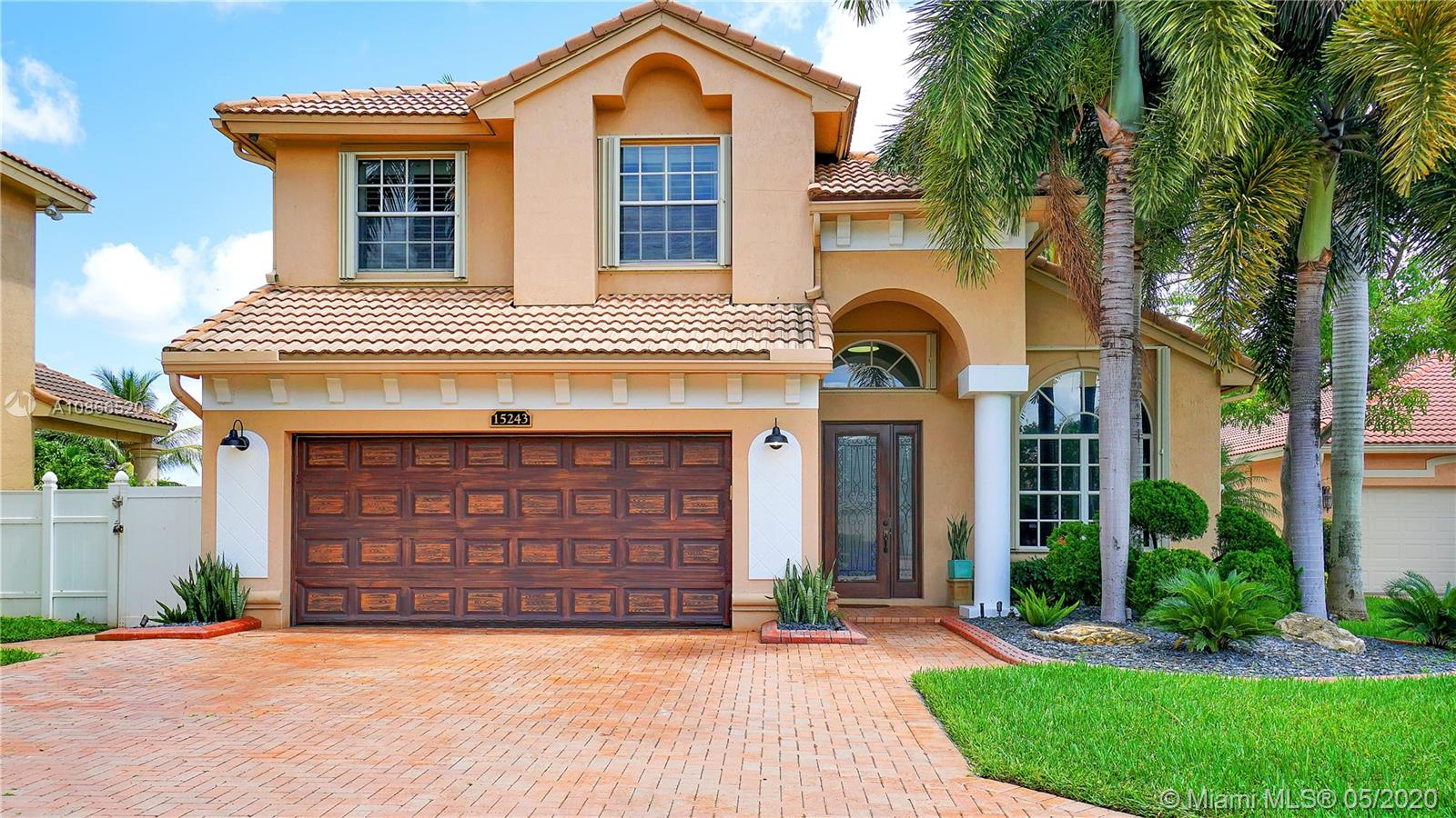 15243 SW 52nd St  For Sale A10866520, FL