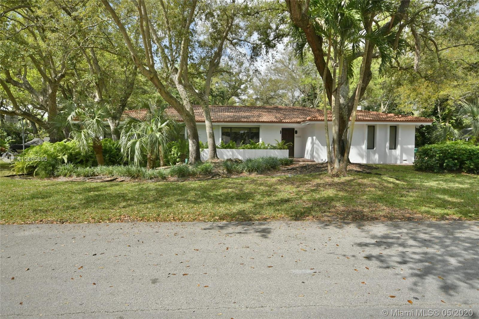 16100 SW 76th Avenue  For Sale A10865896, FL