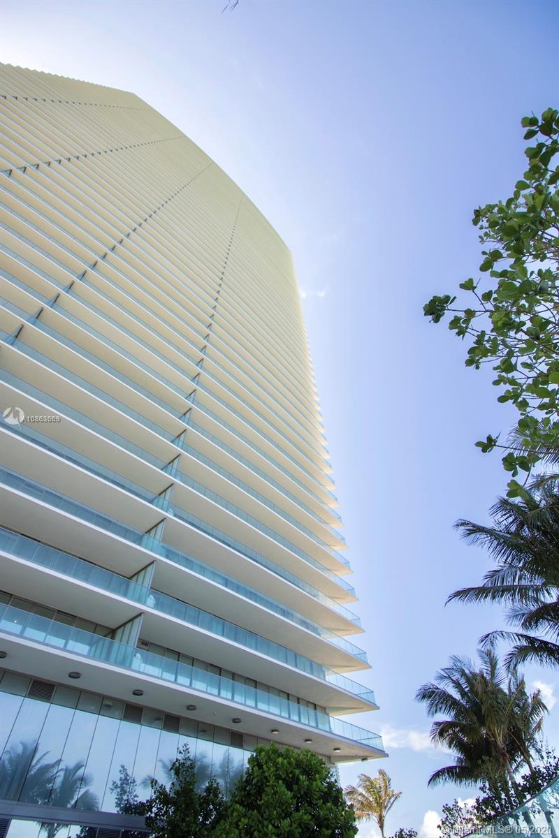 18975  Collins Ave #2702 For Sale A10863669, FL