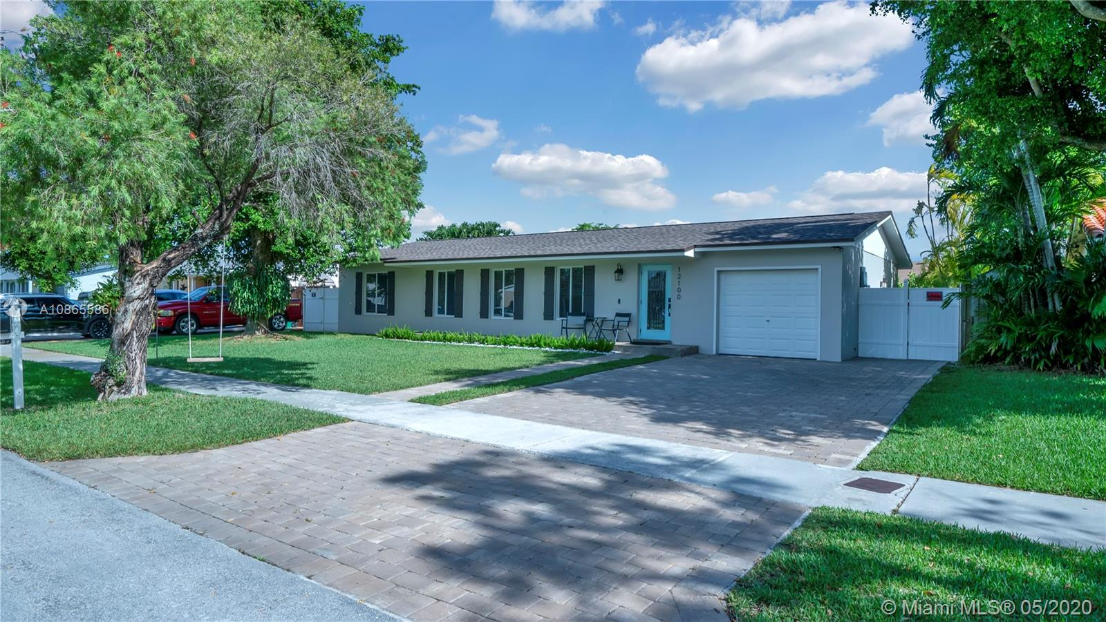 12100 SW 108th St  For Sale A10865586, FL
