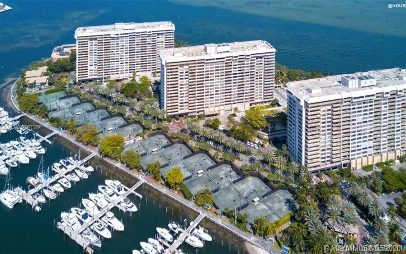3  Grove Isle Dr #CPH06 For Sale A10867250, FL