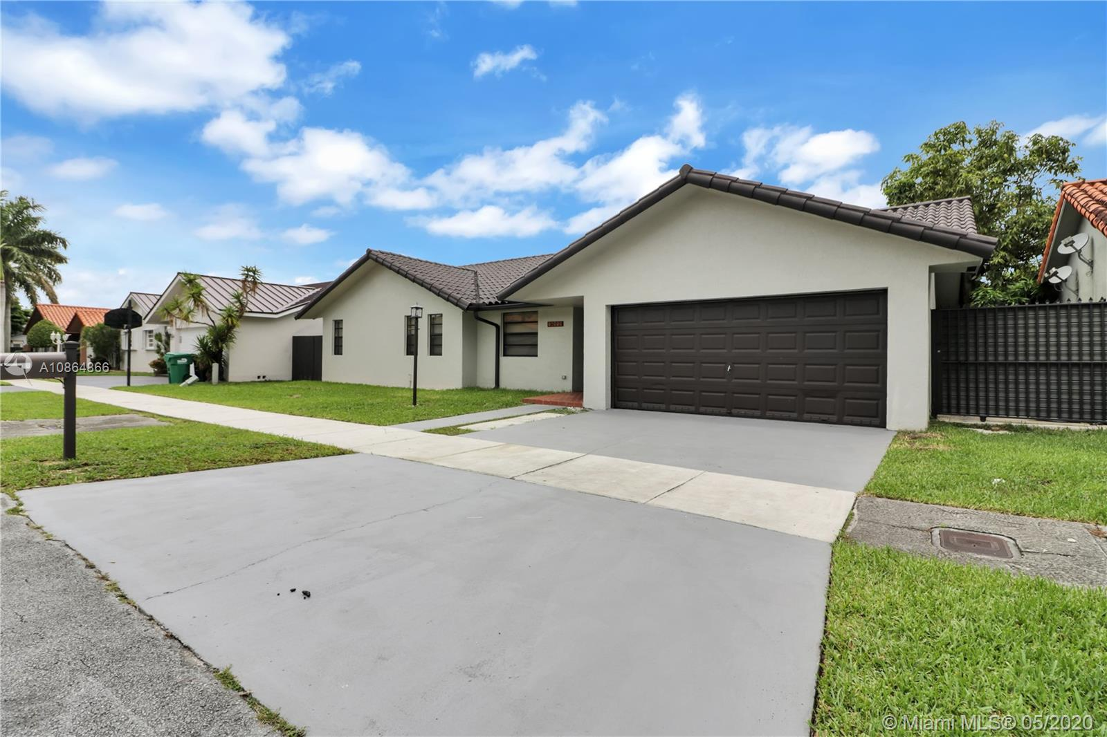 14575 SW 110th Ter  For Sale A10864866, FL