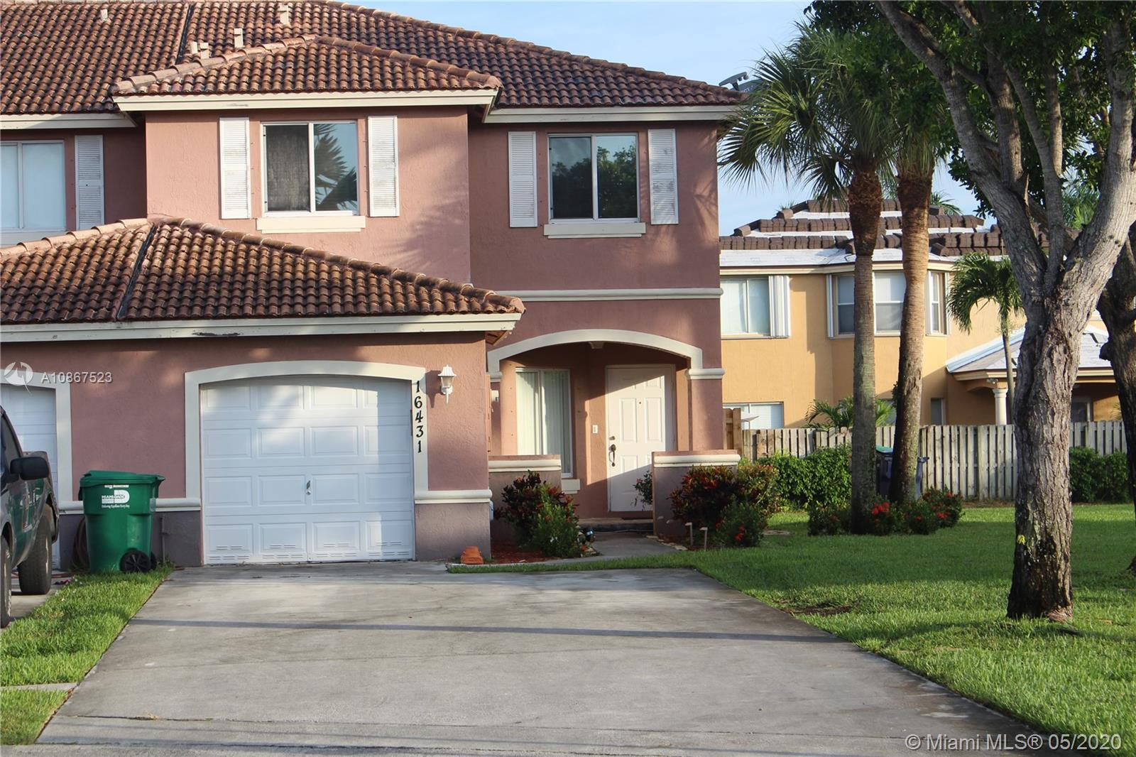 16431 SW 68th Ter  For Sale A10867523, FL