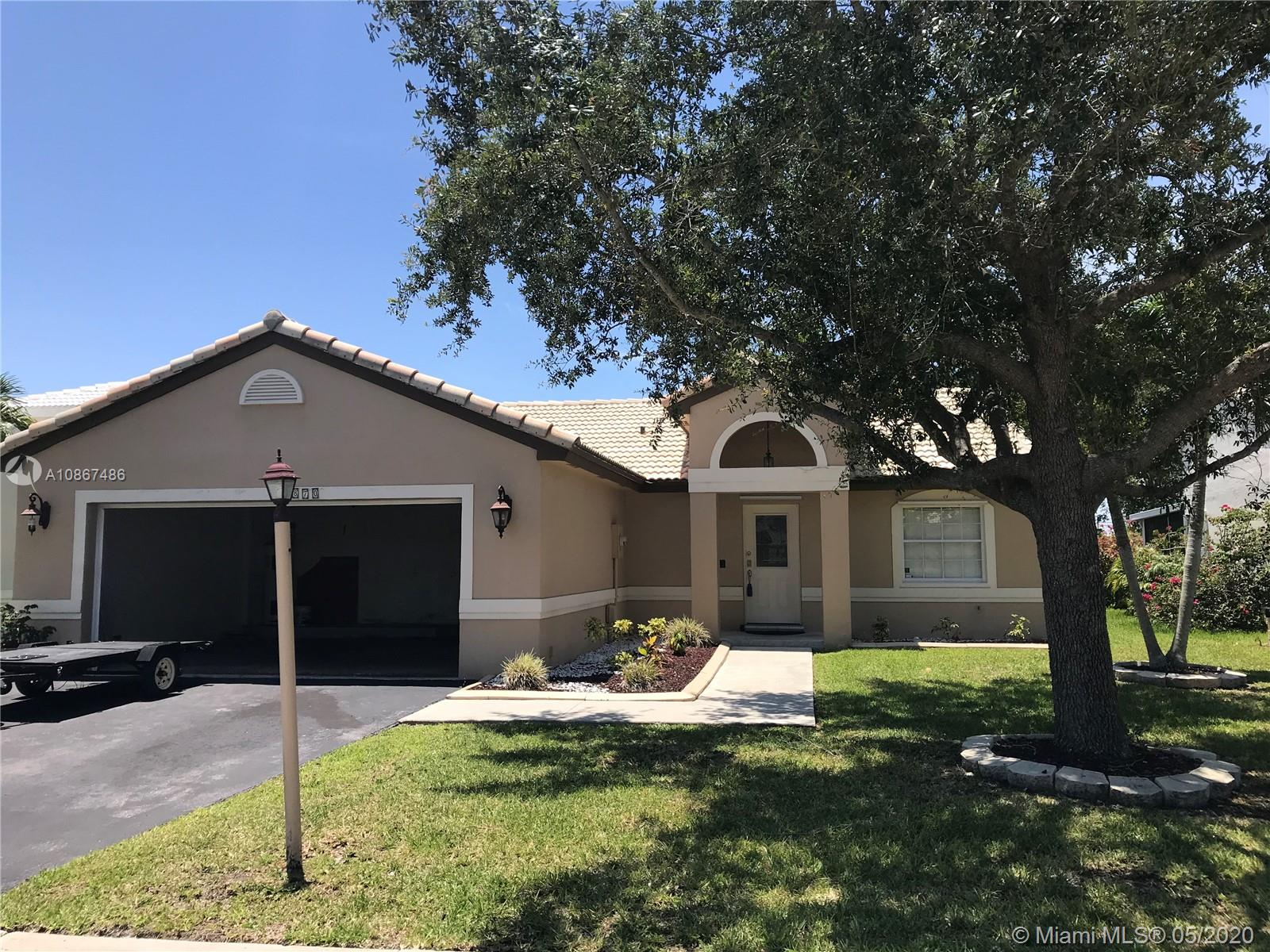 Nice 3/2 with den in the very desirable neighborhood of  Chapel Oaks.  A+ schools in the area, Chapel Trail Elementary, Silver Trail Middle and West Broward High School.  This house is located West of I 75 off of Pines Blvd and 186th St.  This is a well maintained neighborhood with reasonably priced properties for the area.