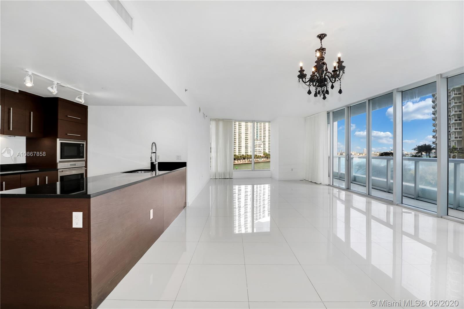 465  Brickell Ave #401 For Sale A10867858, FL