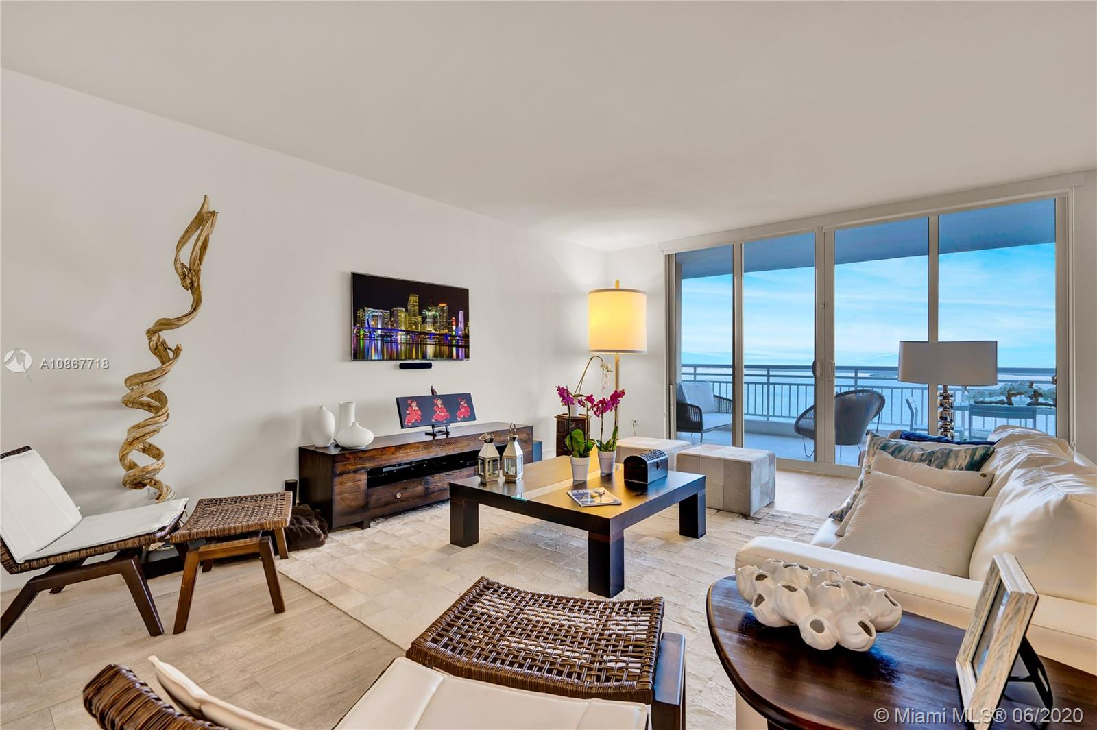 808  Brickell Key Dr #1904 For Sale A10867718, FL