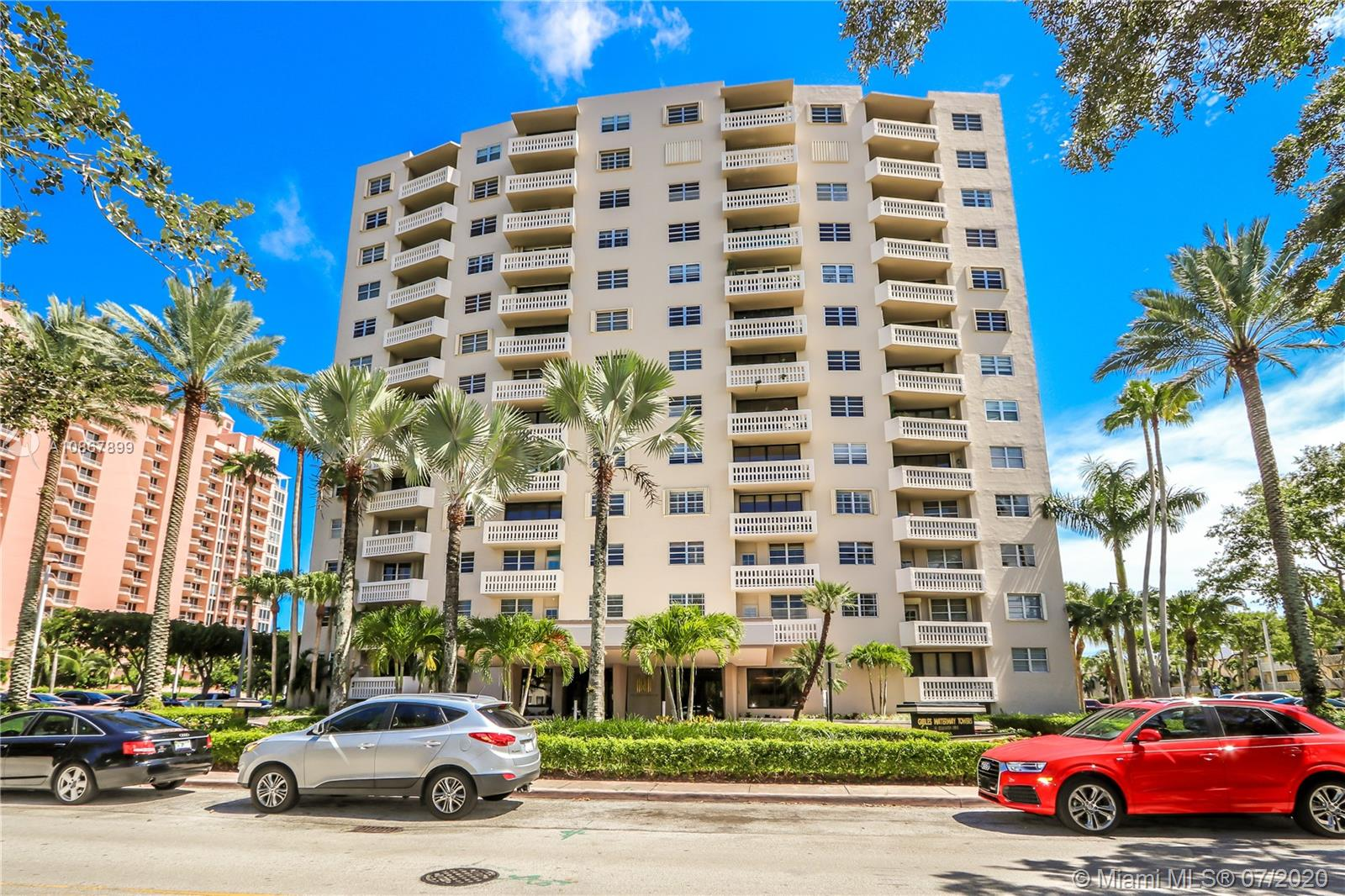 90  Edgewater Dr #605 For Sale A10867899, FL