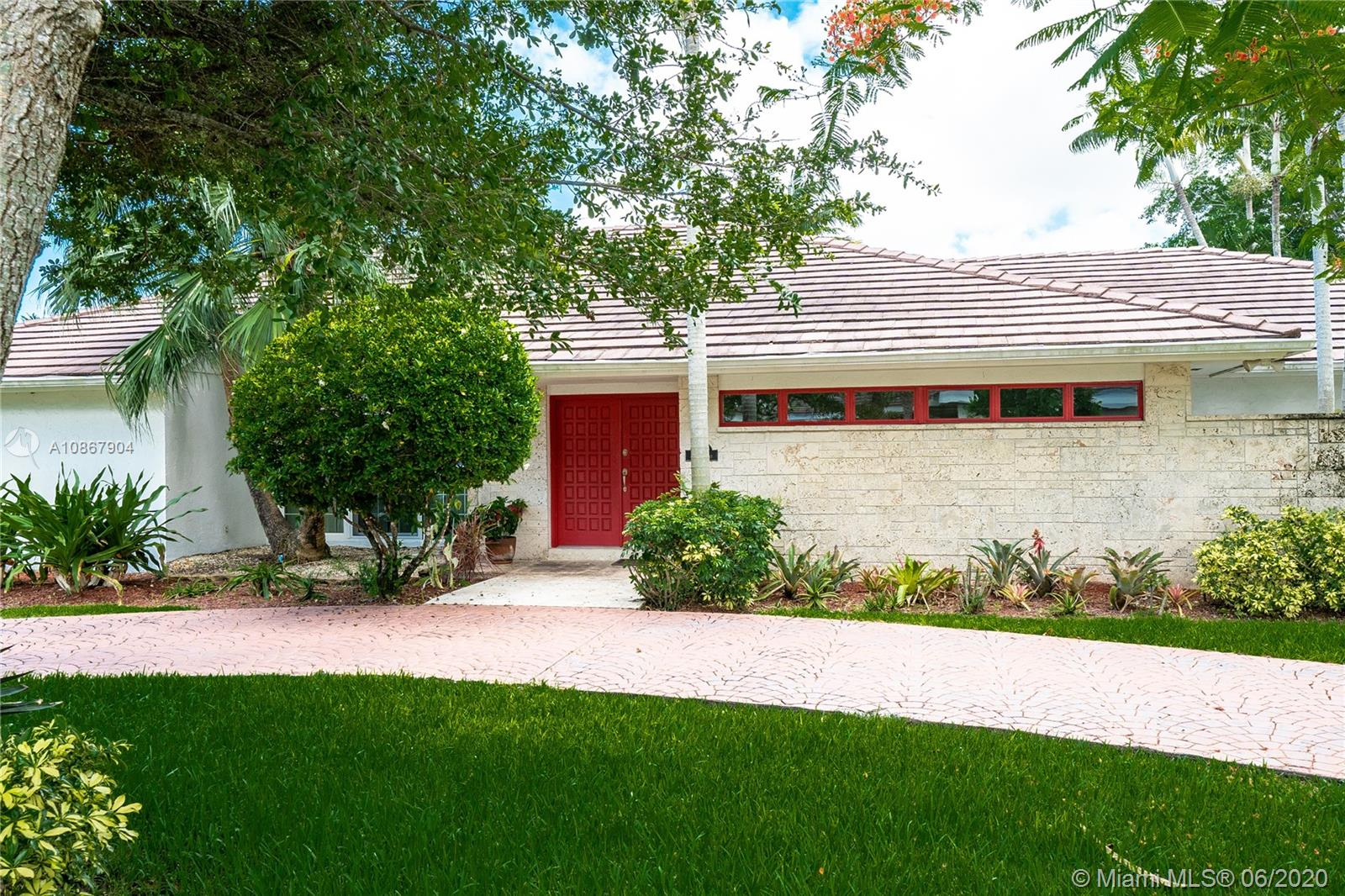7640 SW 107th St  For Sale A10867904, FL