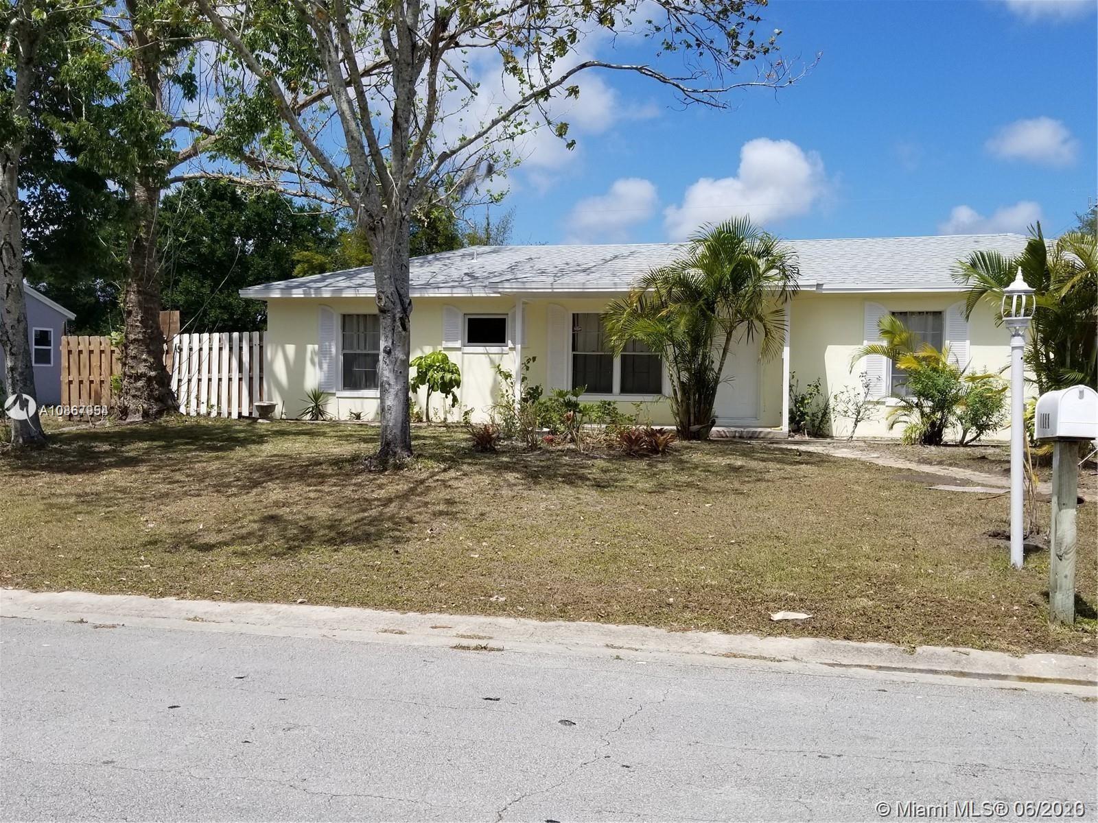 1866 SW 25th St SW, Vero Beach, FL 32962