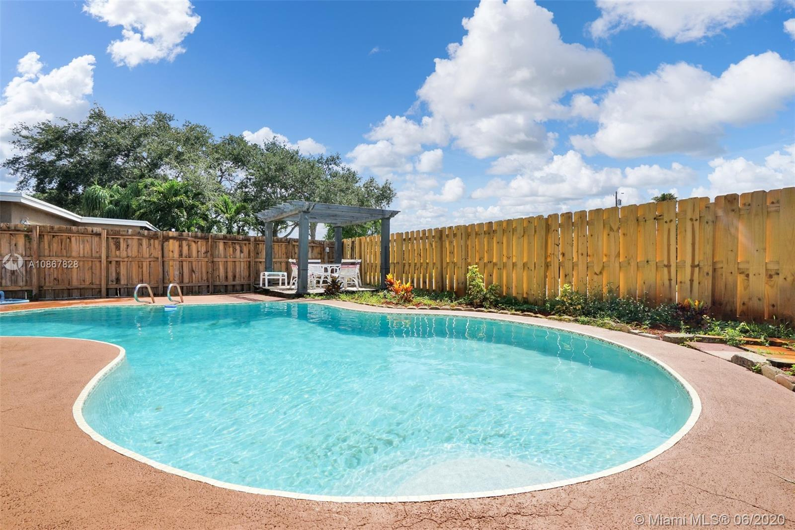 3551 SW 21st St  For Sale A10867828, FL