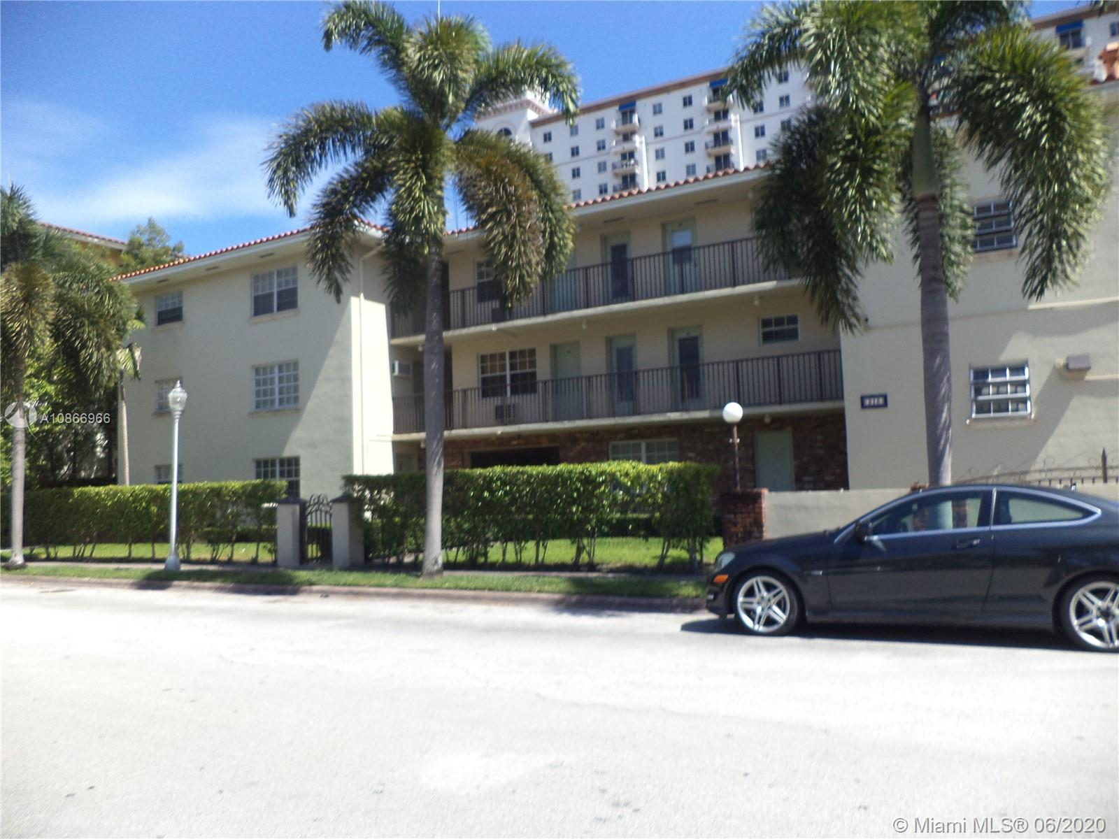 318  Majorca Ave #202 For Sale A10866966, FL