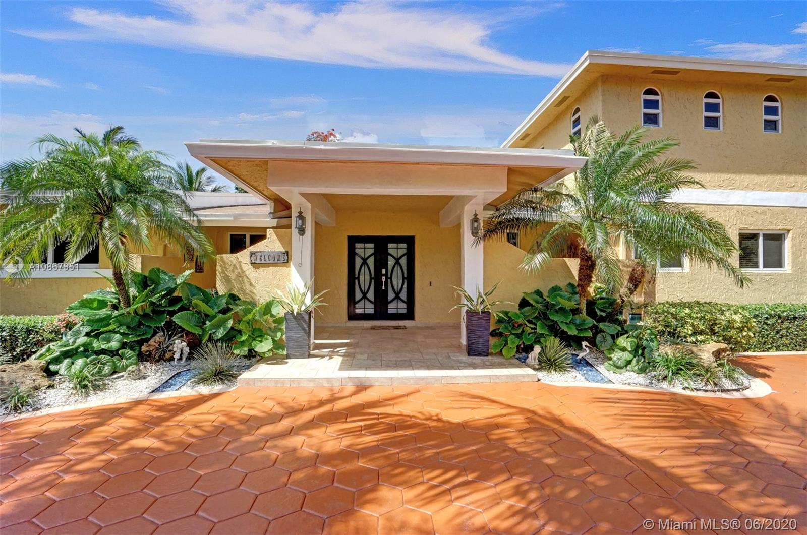 8850 SW 172nd St  For Sale A10867951, FL