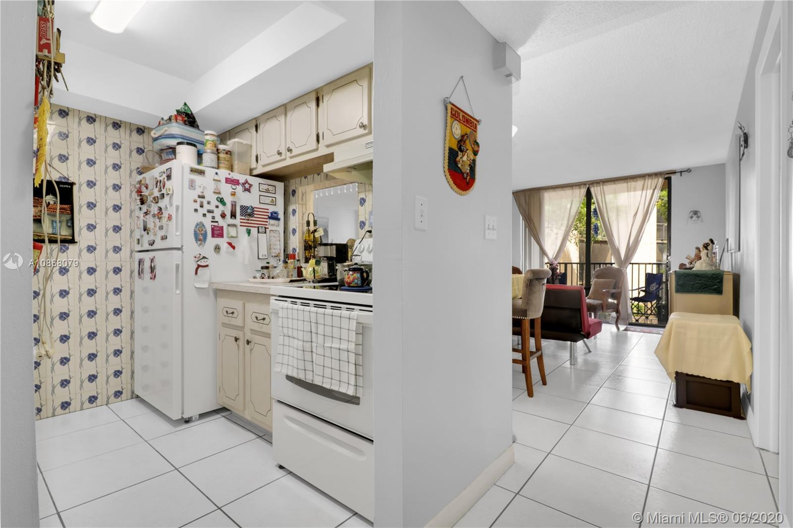 14221 N Kendall Dr #212C For Sale A10868079, FL