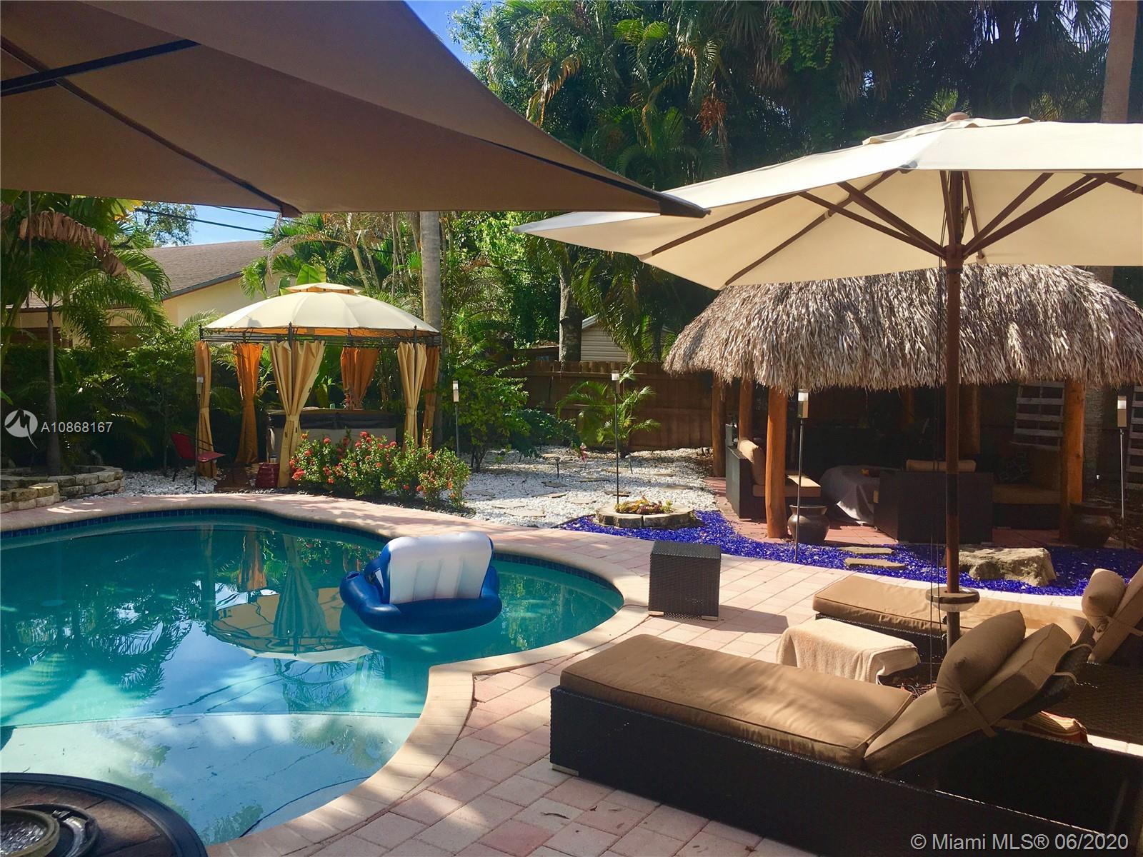 1454 SW 16 terrace  For Sale A10868167, FL