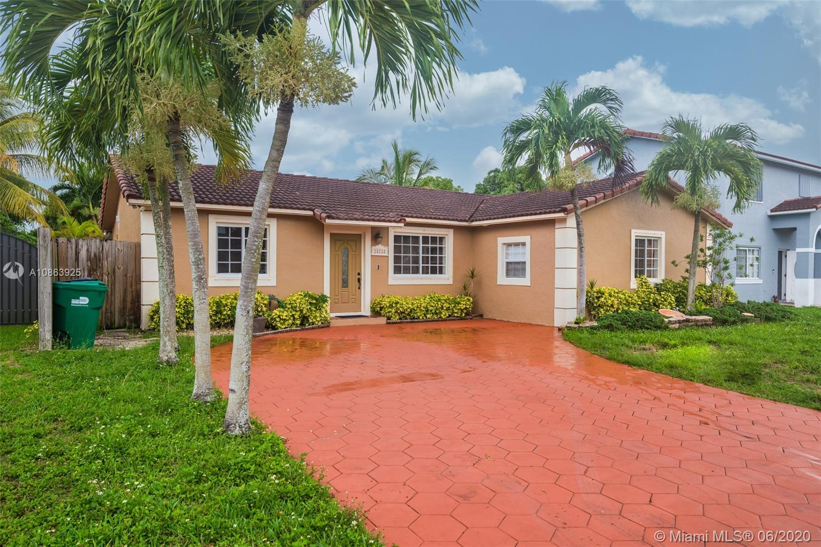 18218 SW 154th Ct  For Sale A10863925, FL