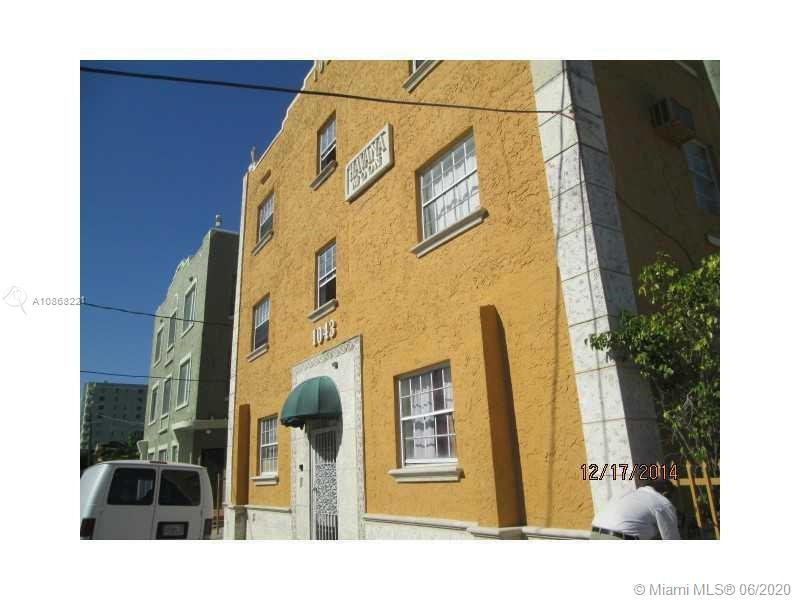 1043 NW 2nd St #4 For Sale A10868221, FL