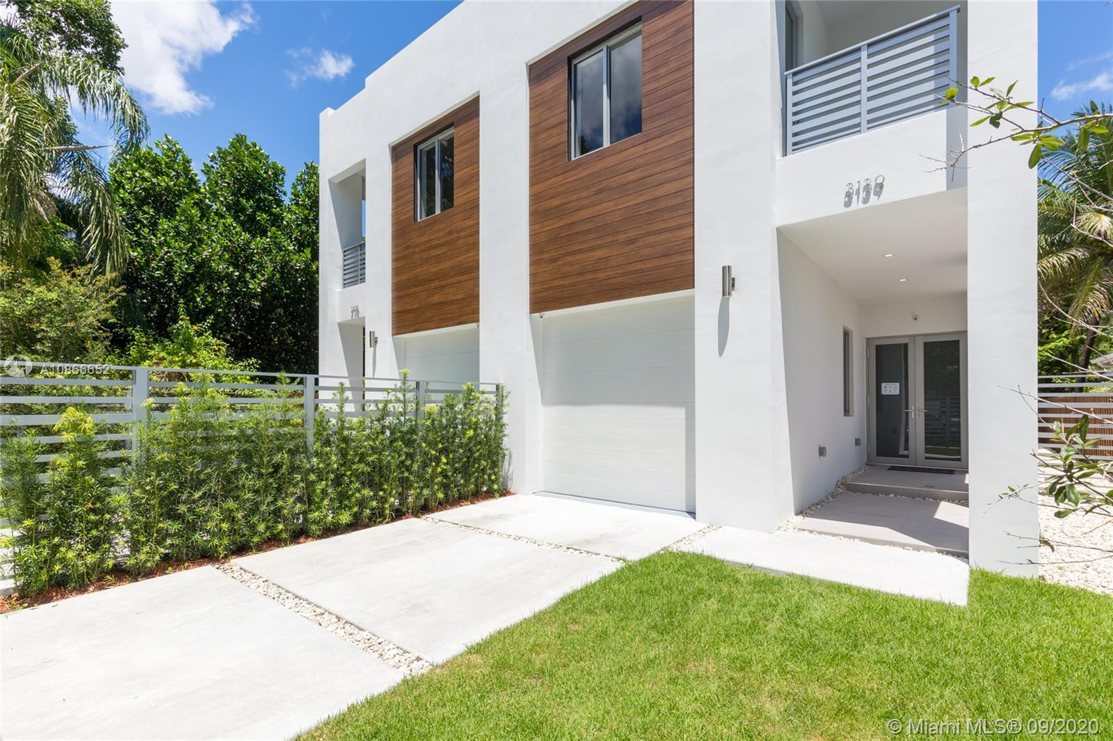3139  Ohio St  For Sale A10866652, FL