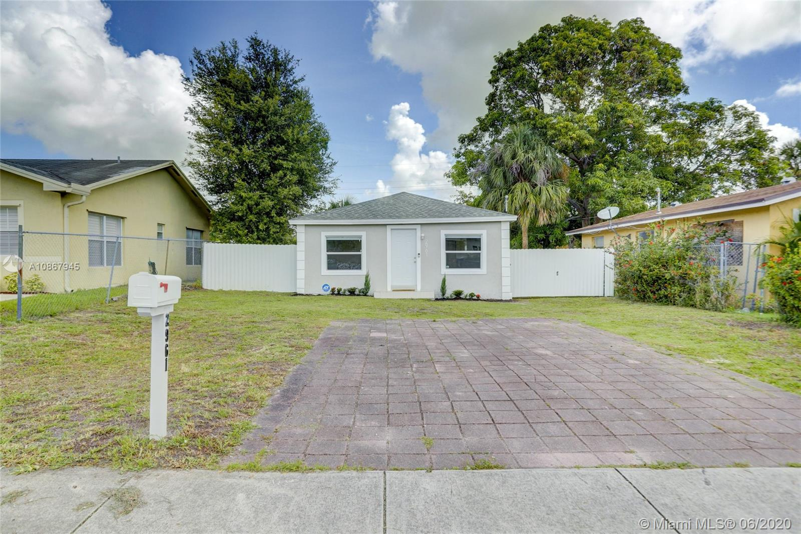 2961 NW 7th St  For Sale A10867945, FL