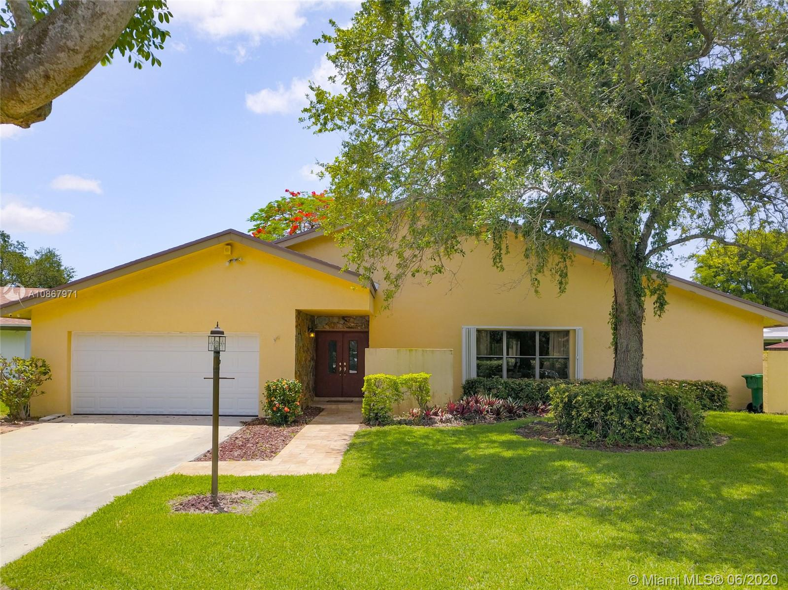 11620 SW 104th St  For Sale A10867971, FL