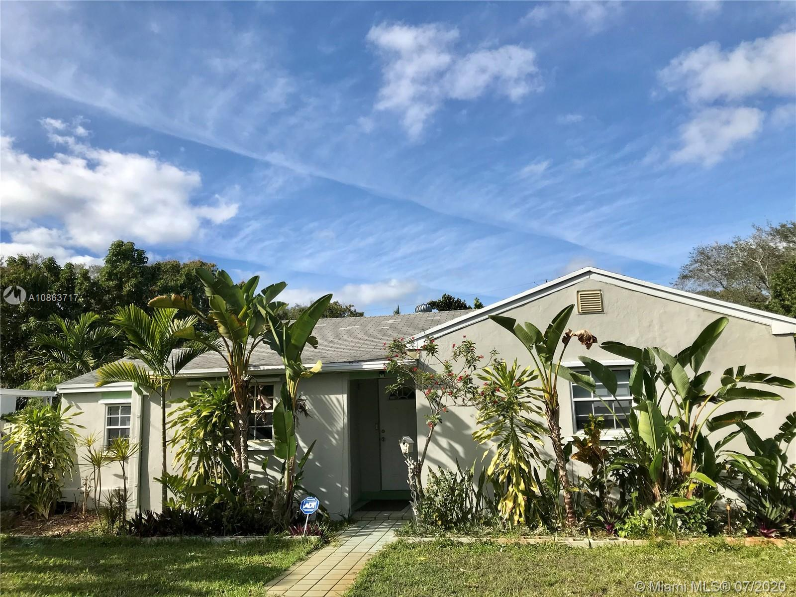 1581 NE 131st Rd  For Sale A10863717, FL