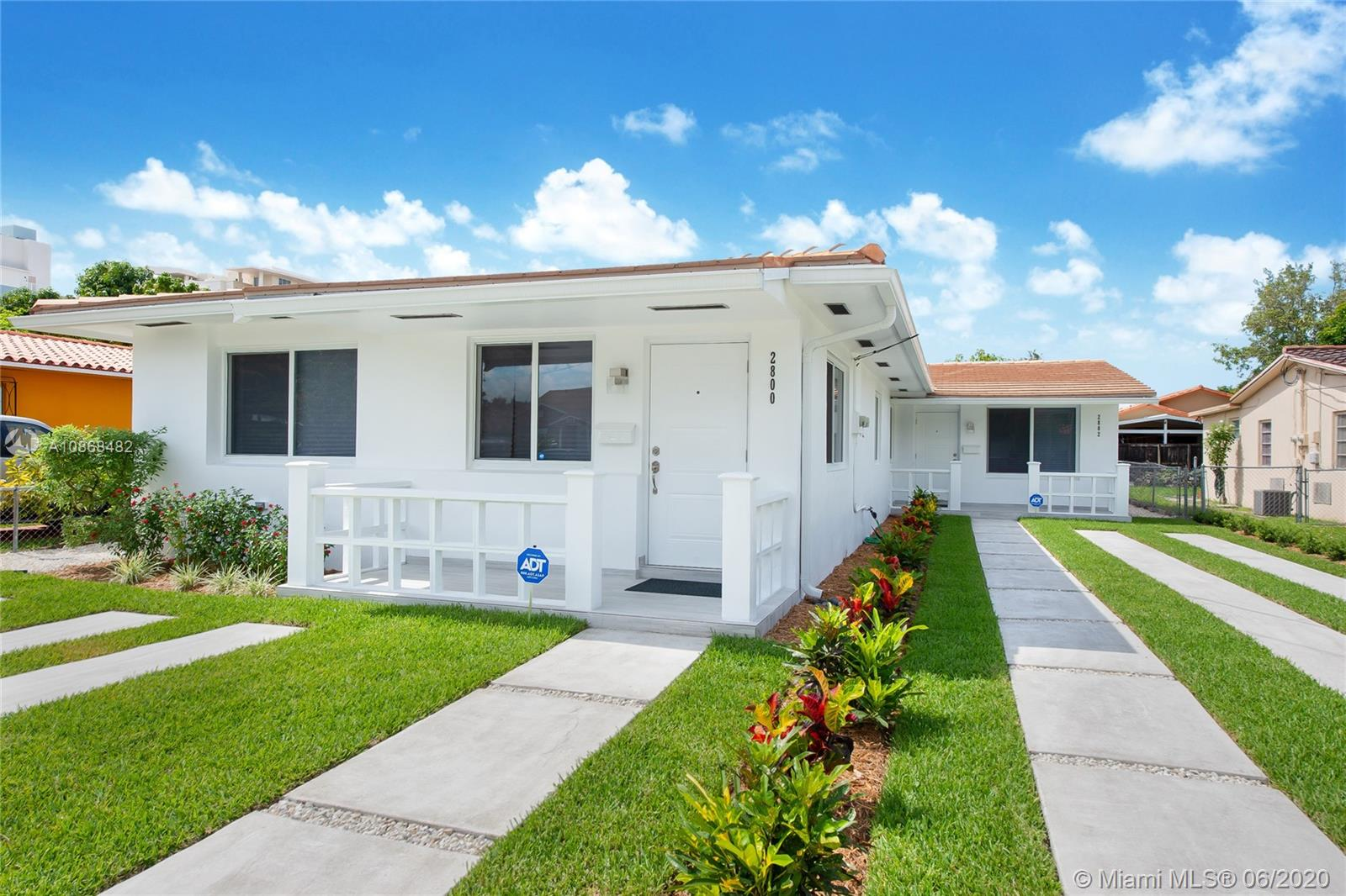 2800 SW 23rd Ter  For Sale A10868482, FL