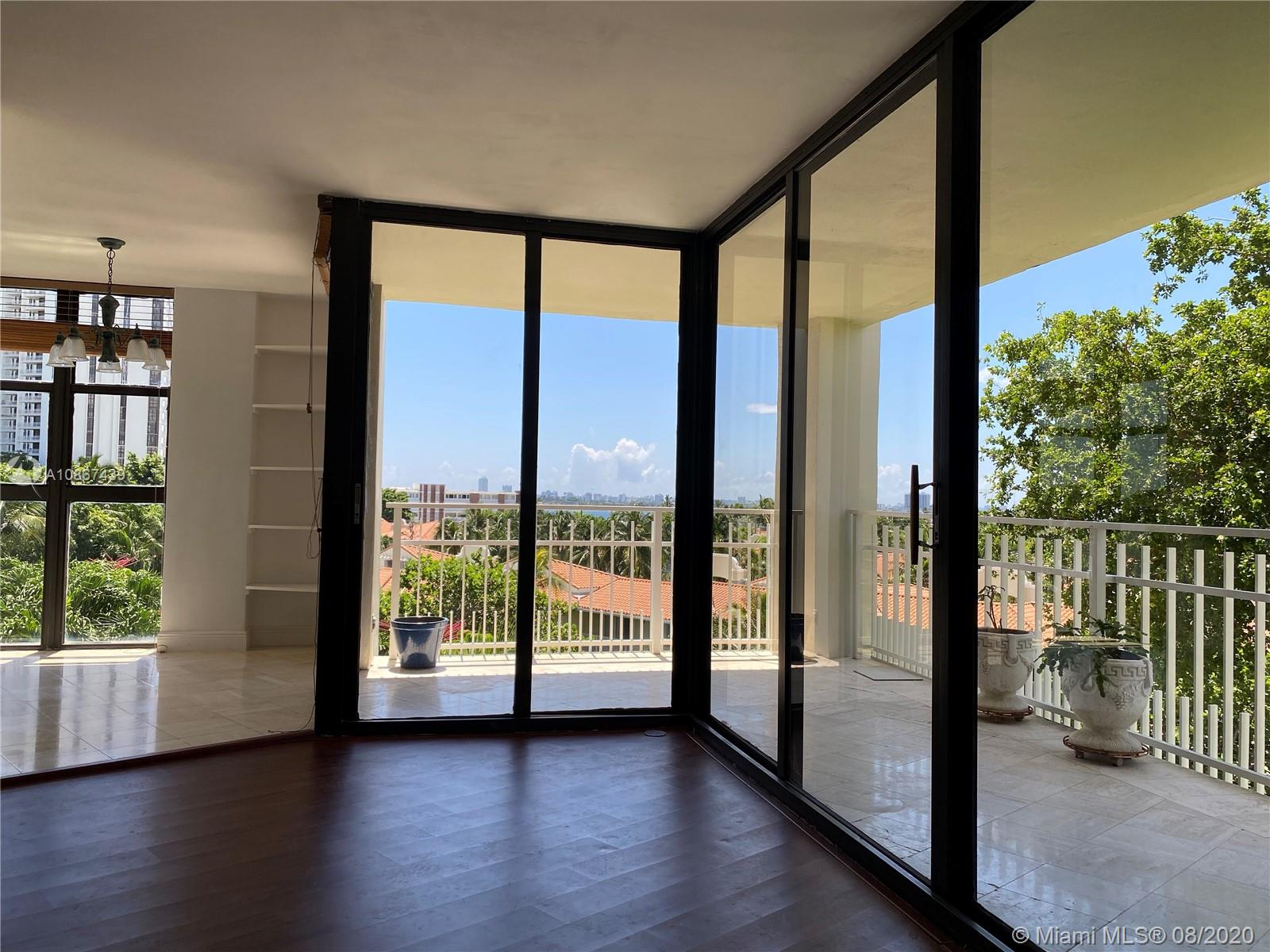 1000  Quayside Ter #502 For Sale A10867439, FL