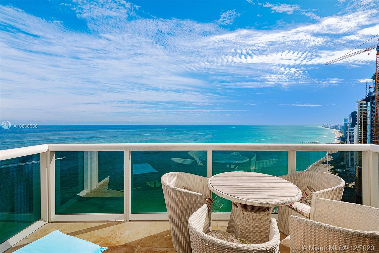 18101  Collins Ave #5507 (TS07) For Sale A10868558, FL