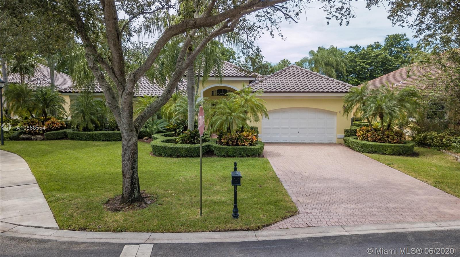 1052 SW 156th Ave  For Sale A10868554, FL