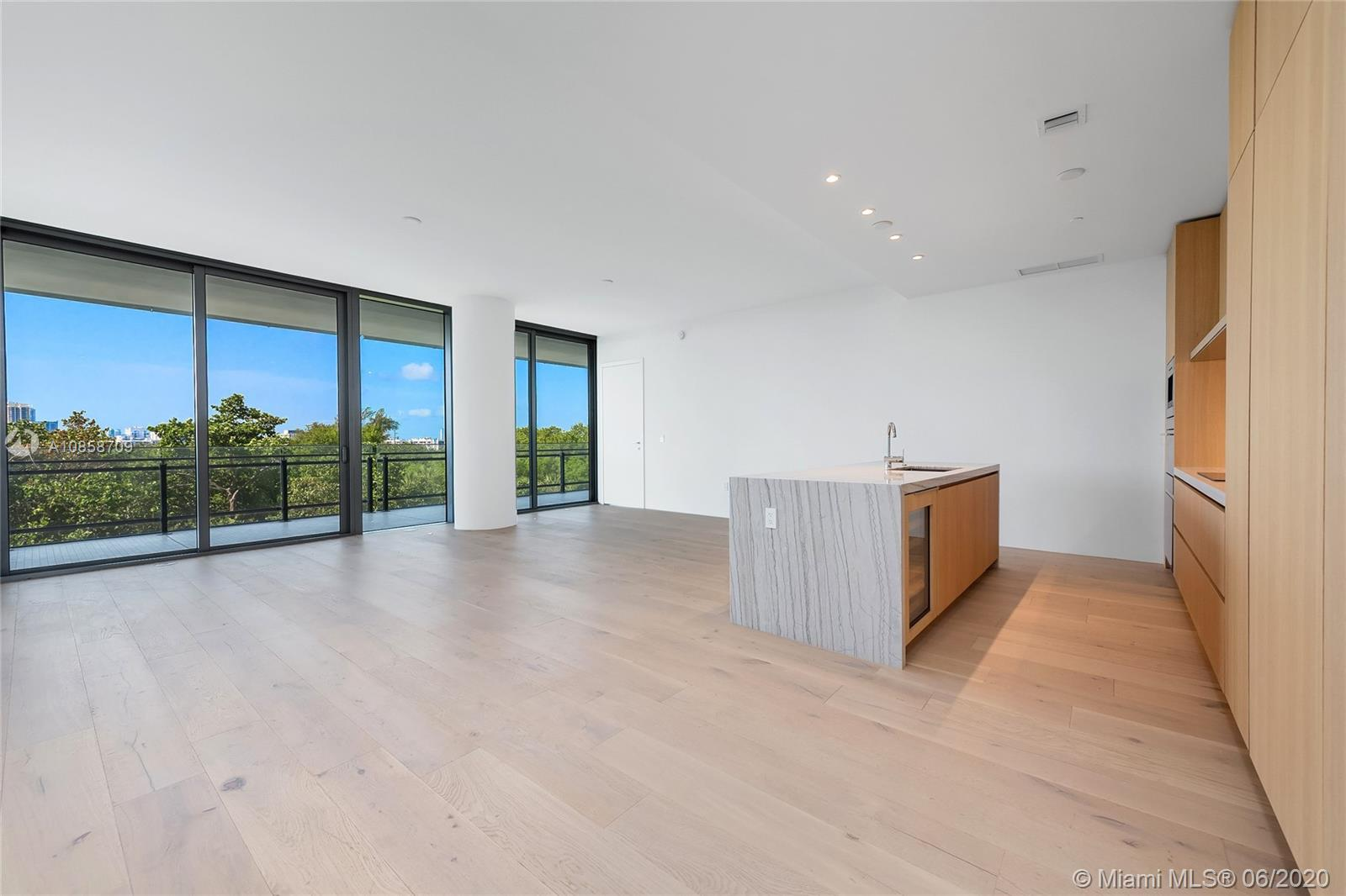 8701  Collins Ave #404 For Sale A10858709, FL