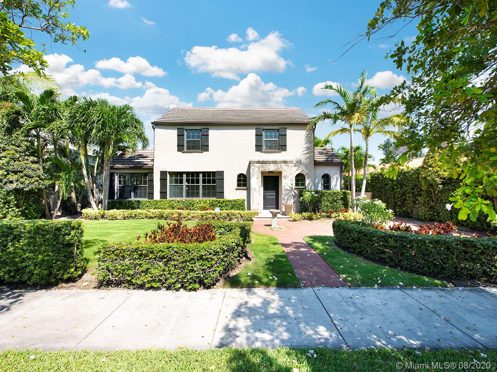2146  Prairie Ave  For Sale A10868707, FL