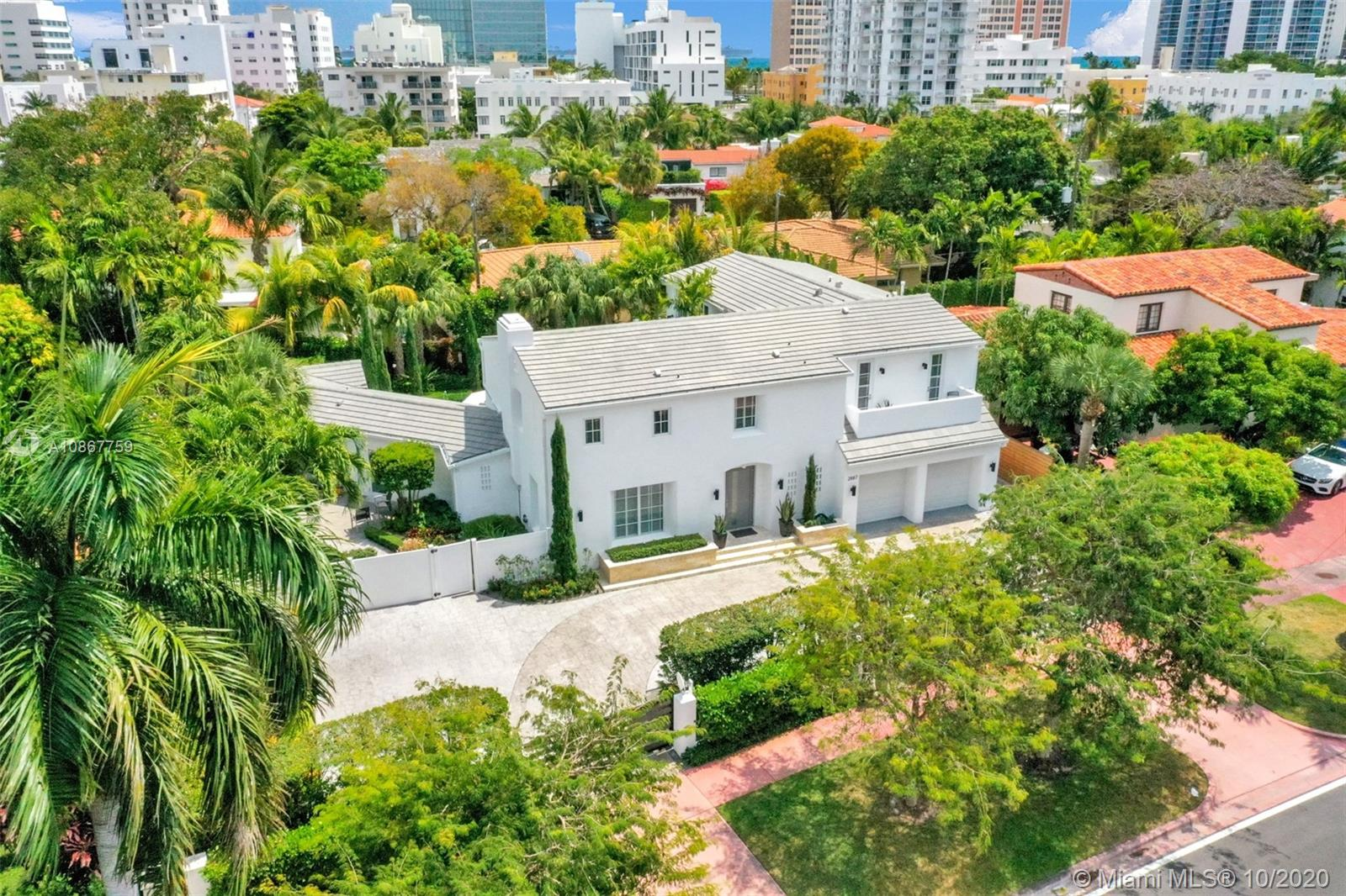 2887  Pine Tree Dr  For Sale A10867759, FL