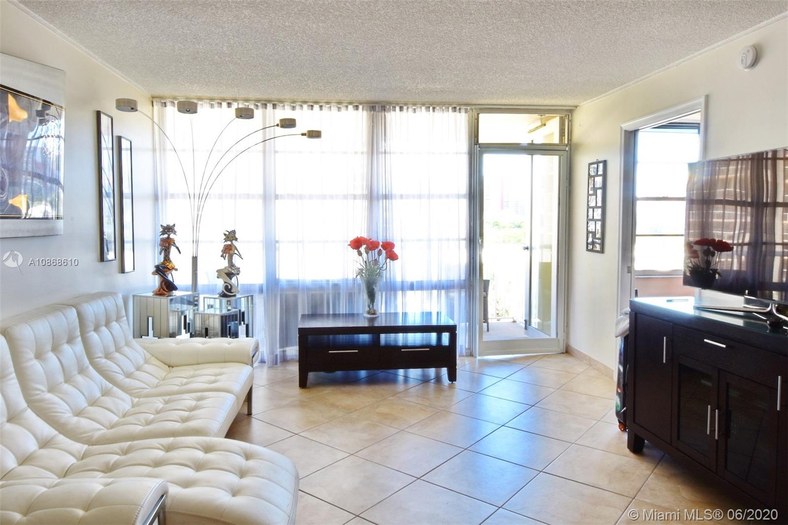 231  174th St #508 For Sale A10868610, FL