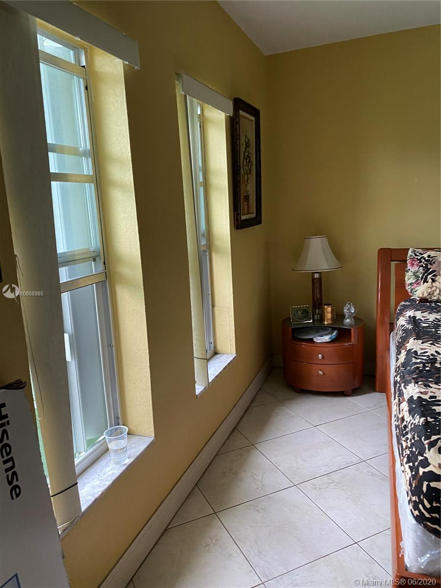 1855 W 62nd st #E-332 For Sale A10868985, FL