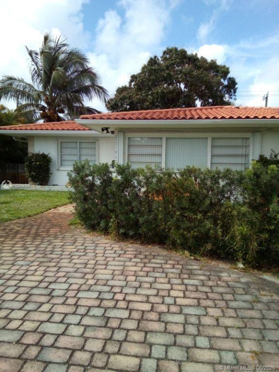 9080 NE 2nd Ave, Miami Shores, FL 33138