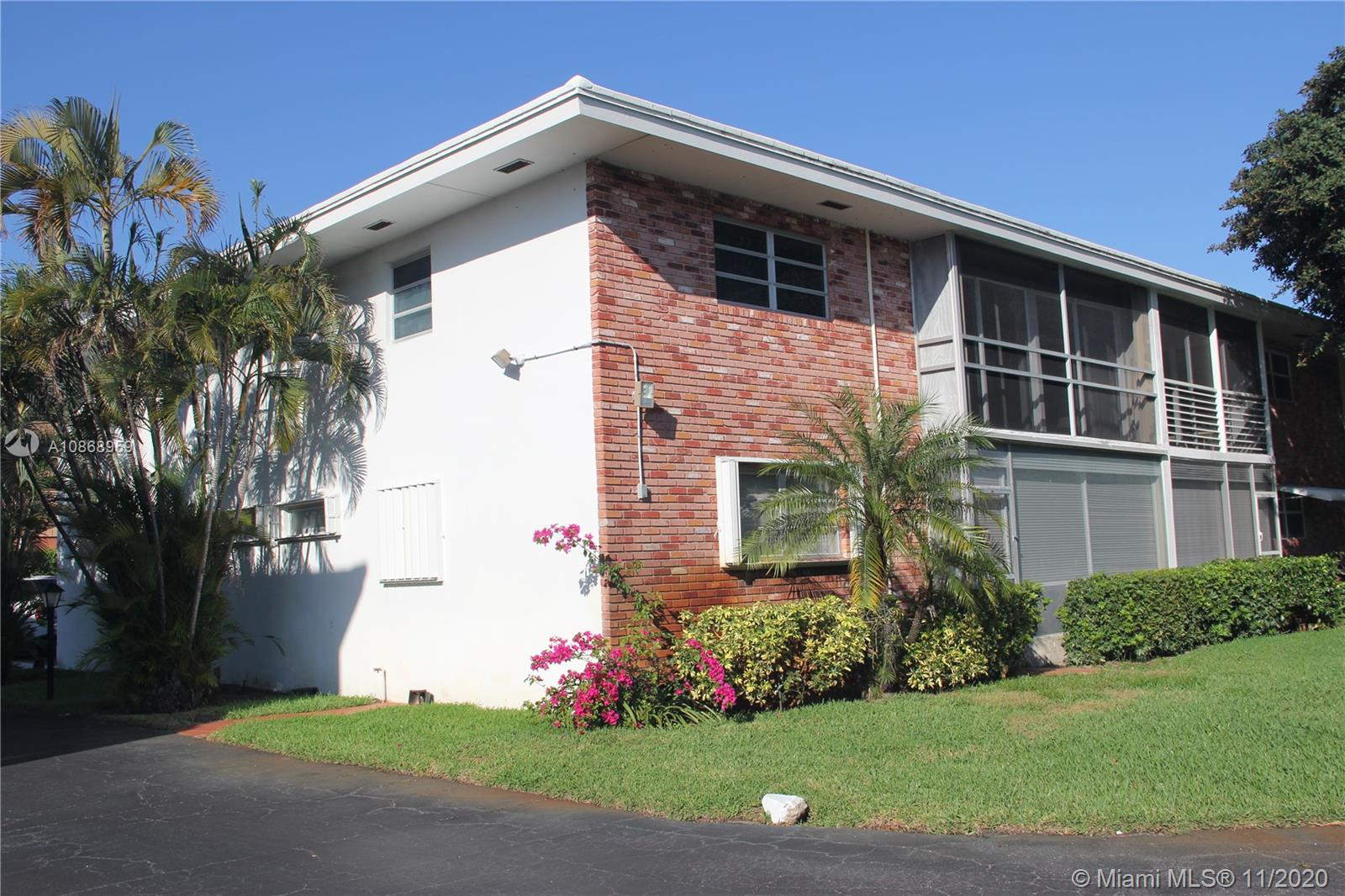 35 SE 13th St #A1 For Sale A10868959, FL